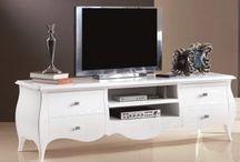 TRIANT - Stylový a designový nábytek / Triant je český výrobce stylového a designového nábytku, jenž působí na trhu již přes 20 let. Firma, založená roku 1991 v Kutné Hoře, se zaměřuje především na výrobu kvalitního stylového nábytku. http://www.triant.cz/