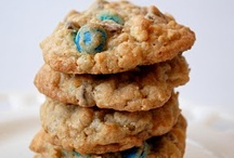 Cookie Recipes / Delicious homemade cookie recipes / by Jen *Craft-O-Maniac