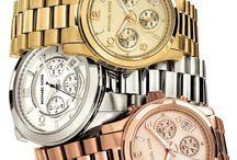 MICHAEL KORS horloges / Trendy glamourhorloges van de bekende Amerikaanse modeontwerper.