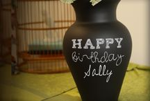 HOW TO: Chalkboard China / Ideas and tips on how to use your Chalkboard China for every #gifts, #diy, #decoration, and more!