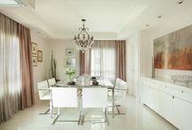 Decoração - Salas de Jantar / As melhores fotos de sala de jantar, dicas de decoração com papel de parede para sala de jantar, espelho para sala de estar, lustres para sala de estar e ideias para decorar sala de jantar pequena. Tudo o que você precisa saber sobre sala de jantar.
