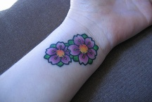 FIX FLOWER TATTOO / THE TINY LITTLE PINK FLOWERS INTO THIS..