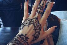 Henna Taattoes<3
