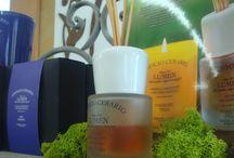 Candele profumate e fragranze per ambiente