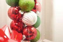 Christmas Decorations / by Lindsay Mandel