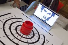 Click Curso de Un Año de Artes Digitales y Diseño de Experiencias 2015 / Click es un proyecto que invita a reflexionar sobre la interactividad: cómo está cambiando cuanto nos rodea y a nosotros mismos. La pieza propone una experiencia de inmersión, una teletransportación desde un entorno físico a otro de realidad virtual a través de unas Oculus Rift.