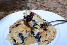 Paleo Bakes & Breakfast