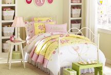 big GIRL ROOMS / Decor, decoration, ideas, inspiration, furniture, wall coverings, rugs, art for big girl rooms