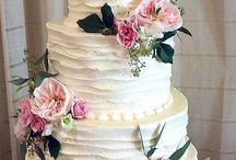 Cakes / by Annisa Hoskinson