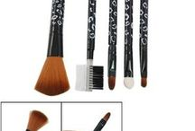 Beauty - Makeup Brushes & Tools