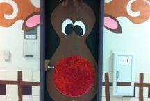 Christmas door designs / by Veronica Rocha