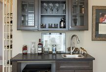 Pantry and Wet Bar / Find spacious pantry storage and butler's pantries and wet bars that enhance your entertaining skills.