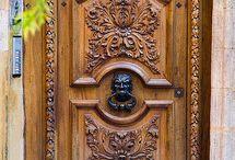 Doors / Portes