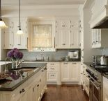 Kitchen Who / by Dianne Tolar