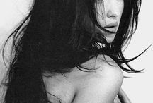 Shocking beauty / a dedication to the one and only Monica Bellucci