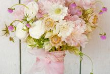 Arrange / Floral art photography, bridal bouquets, floral centerpieces and floral tablescapes.  Board Owner curates.