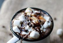 Festive Fall Drinks to Try Now / Drinks to Fall for