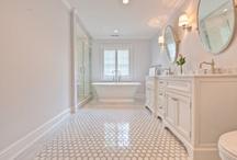 Bathrooms / by Mackenzie Munger