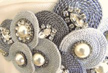 decoración vestido broche