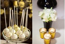 Elegant black, white and gold reception  / All that shimmers is gold