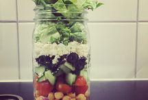 MEAL PREP RECEPTEN / Bereid jij ook altijd de avond van te voren je eten voor, voor je naar je werk gaat. Salade, ommelet, gezonde repen... alle recepten voor de beste meal prep vind je op dit bord!