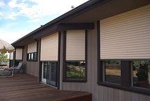 Osłony zewnętrzne na okna / Pomysły na okna: rolety zewnętrzne, żaluzje zewnętrzne, refleksole, okiennice / exterior window blinds, anti burglary roller blinds, szutters