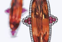 Earrings / Best earrings selection from Pinterest, with special attention to design, craftsmanship and color combination. Fine jewelry earrings selected by Jaume Labro