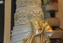 beautiful | wedding t h i n g  / by Menna Mahmoud