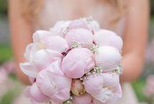 Weddings. Bridal & Beautiful. / All things bridal and beautiful for weddings.