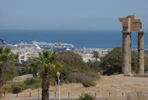 Rhodos / Masser af strande, hvor du kan nyde ferien. Besøg den hyggelige gamle bydel i Rhodos By.