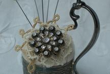 pincushions / by Priscilla Magdaleno