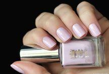 A-England  / Nail polish swatch