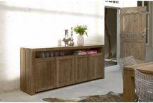 Meubels van teak hout en eiken hout / Moderne teak houten en eiken meubels van het merk Foucault. Strak vormgegeven en een mooie kwaliteit. Gecombineerd met metaal en RVS. www.teakmeubel-winkel.nl Voor een idee kijk in de webshop: www.teakmeubel-winkel.nl / by Che Bello Woonwinkel