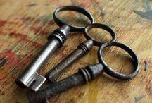 Ключи и замки.