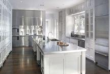 Kitchen / by Victoria Moloney