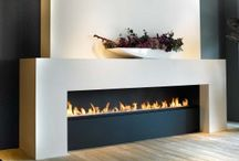 Fireplace. AROUNDACHAIR