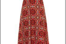 Robe longue grande taille / Robe bohème, long fourreau, évasée fleurie, la robe longue affine la silhouette en hiver comme en été. / by Mode Grande taille