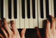 ( oc   Ryan ) / ex-ravenclaw ; pianist ; big mess ( original character )