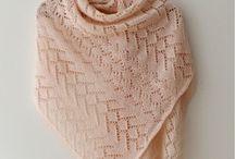 Knitting (shawls)