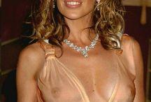 """Kylie Minogue """" Chanteuse """" / Chanteuse née en 1968 à Melbourne chanteuse et femme d'affaires australienne."""