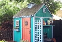 Веселые садовые домики