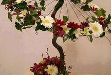 flores na sombrinha.