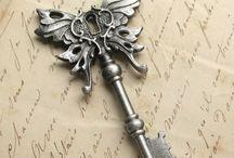 Keys & Metals