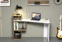 Çalışma Masası Modelleri / Çalışma odalarının vazgeçilmez parçalarından biri de çalışma masalarıdır. Bilgisayar masalarının ebatları çocuk ve yetişkinler için ayrı planlandığı için dikkat dağınıklığını önlemek açısından herkesin mutlaka kendine özel bir çalışma masası olmalıdır.