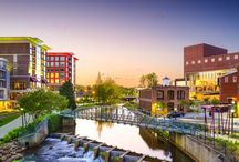 Moving to Greenville South Carolina / There are so many things to do, places to go, and food to eat here in Greenville & the Upstate of South Carolina!