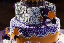 Halloween Wedding Cake Ideas / celebration, bat, owl, potion, skull, cauldron, broom, spooky, Halloween, scary, eyeball, Dracula, ghost, witch, pumpkin, mummy, grave, monster, skeleton, spider, web, cat, scarecrow, Til death do us part!