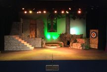Robin Hood set / Set for Robin Hood written by Charles wet