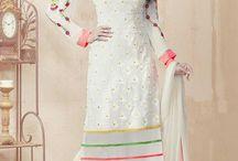 Costume Anarkali Suit / est un matériau de robe la plus élégante et traditionnelle de la femme moderne qui préfère regarder encore à la mode traditionnelle . Il vient dans diverses conceptions différentes comme le style A- coupe et V profond col .   http://www.andaazfashion.fr/salwar-kameez/anarkali-suits