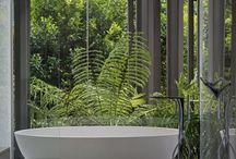 A lil' bit of bathroom / bath time