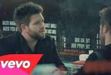 Country Music Videos / Country Music Videos from the hottest country music artists.